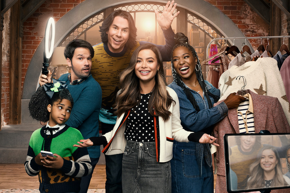 On June 1, Paramount+ released an official trailer for the highly-anticipated iCarly reboot set to premiere on June 17, and it's bringing back all the nostalgia. Miranda Cosgrove reprises her role as Carly, the original internet influencer, and serves as executive producer for the series. Thirteen brand new episodes will air weekly on the streaming platform beginning this June.